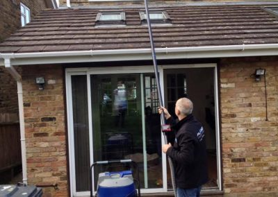 window cleaner in hertfordshire 2